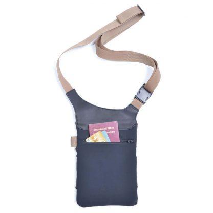 Stylish shoulder tablet and smartphone bag URBAN TOOL ® slotbar