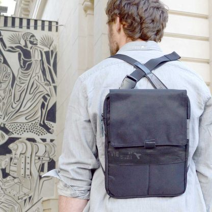 tabback with backpac wearing function 11-13´´