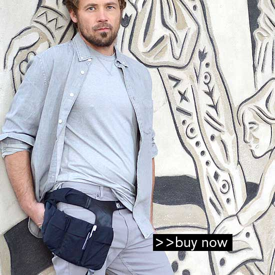 smartphone fanny pack with compartments for phones