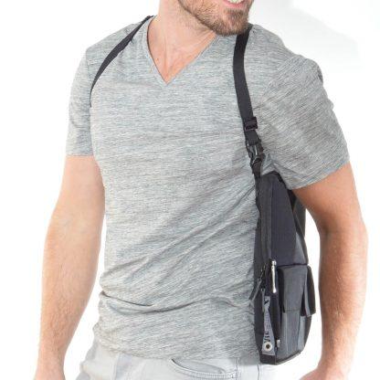 flexible multifunktionale Tablet Tasche als Schulterholster